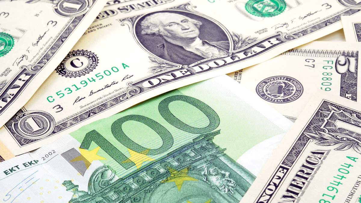 Курс валют НБУ на 30-10-2018: курс доллара, курс евро