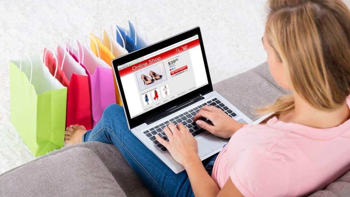 Нові правила онлайн-покупок: чи будуть посилки з-за кордону обкладатись податком  - 8 листопада 2018 - Телеканал новин 24