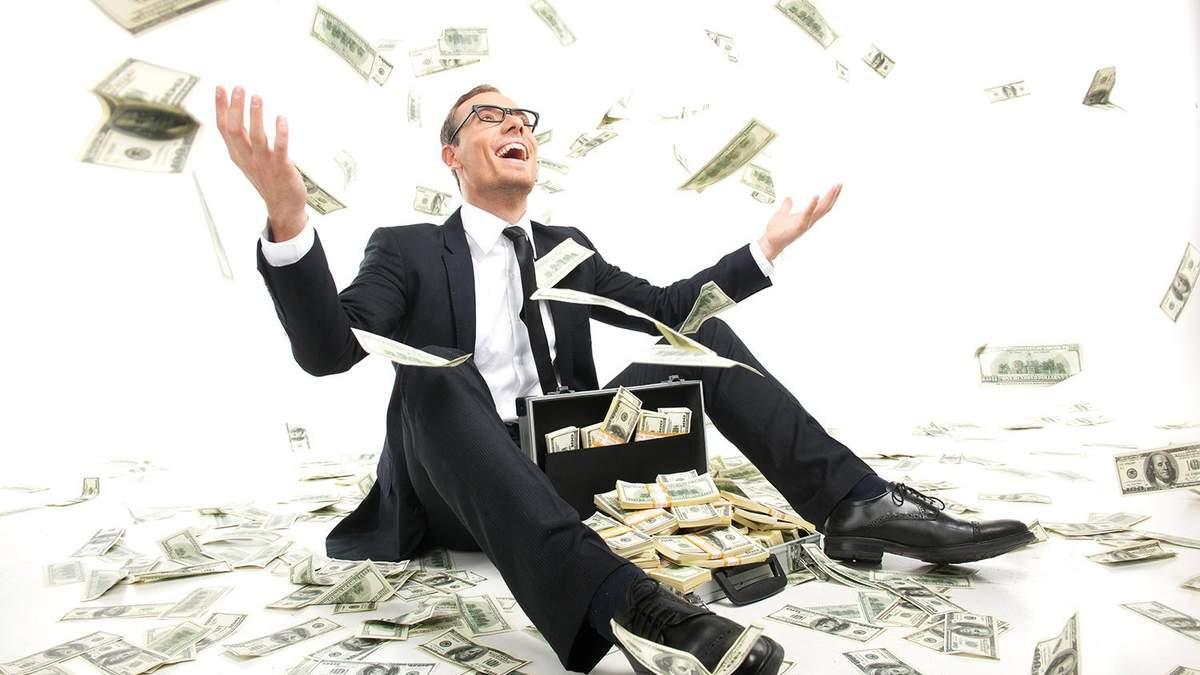 """Почему большая премия председателя """"Нафтогаза"""" и высокие зарплаты в """"Укрпочте"""" – это хорошо"""