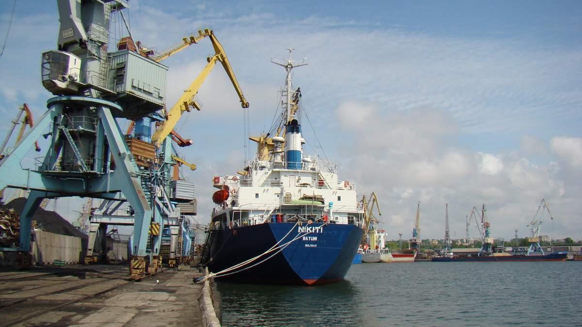 Конфлікт у Азовському морі: що відбувається у портах Маріуполя та Бердянська
