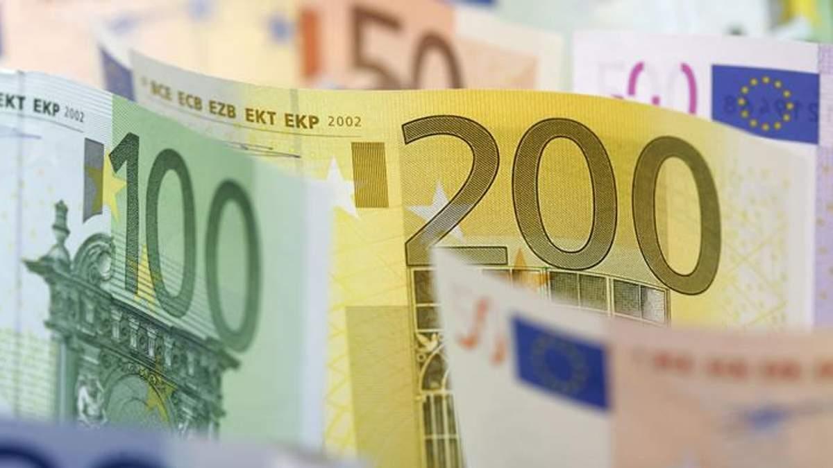 Готівковий курс валют на 6 грудня 2018: курс долару та євро
