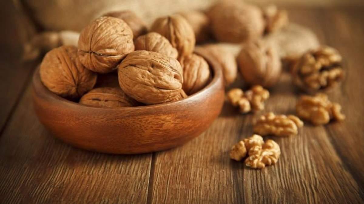 В Украине собрали рекордный урожай орехов: впечатляющие цифры