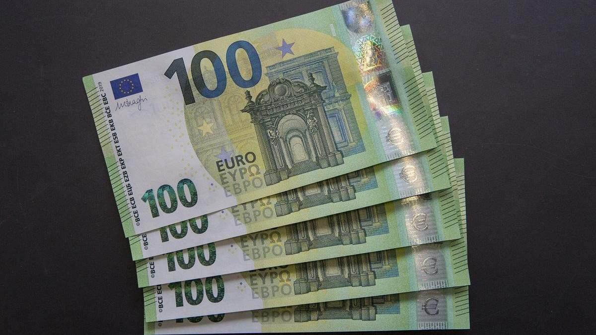 Готівковий курс валют 18 лютого: долар дешевшає після вихідних