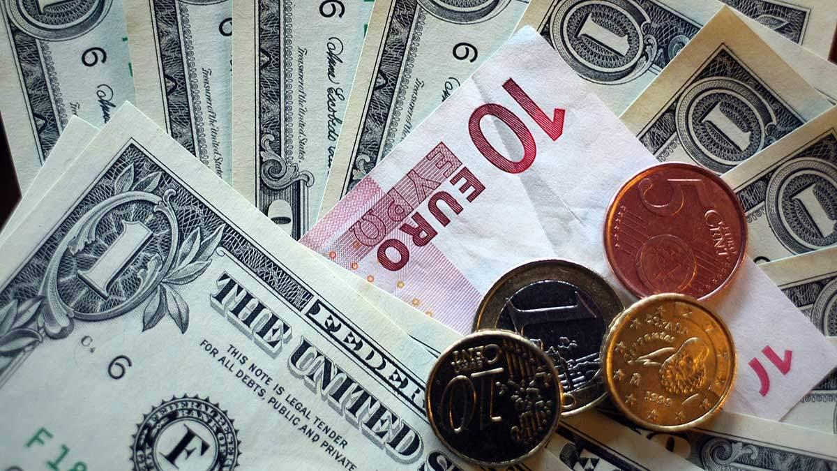 Готівковий курс валют на 08.04.2019 - курс долару та євро