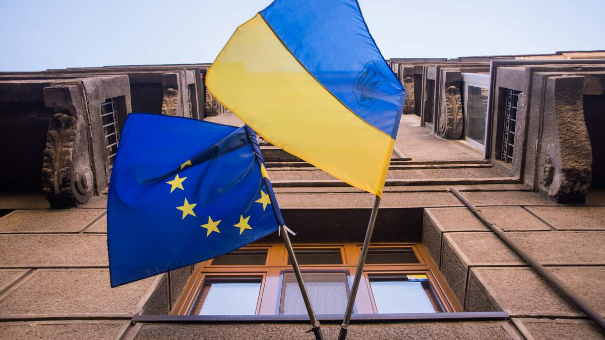 В Люксембурге обсуждают новую программу Украина – ЕС