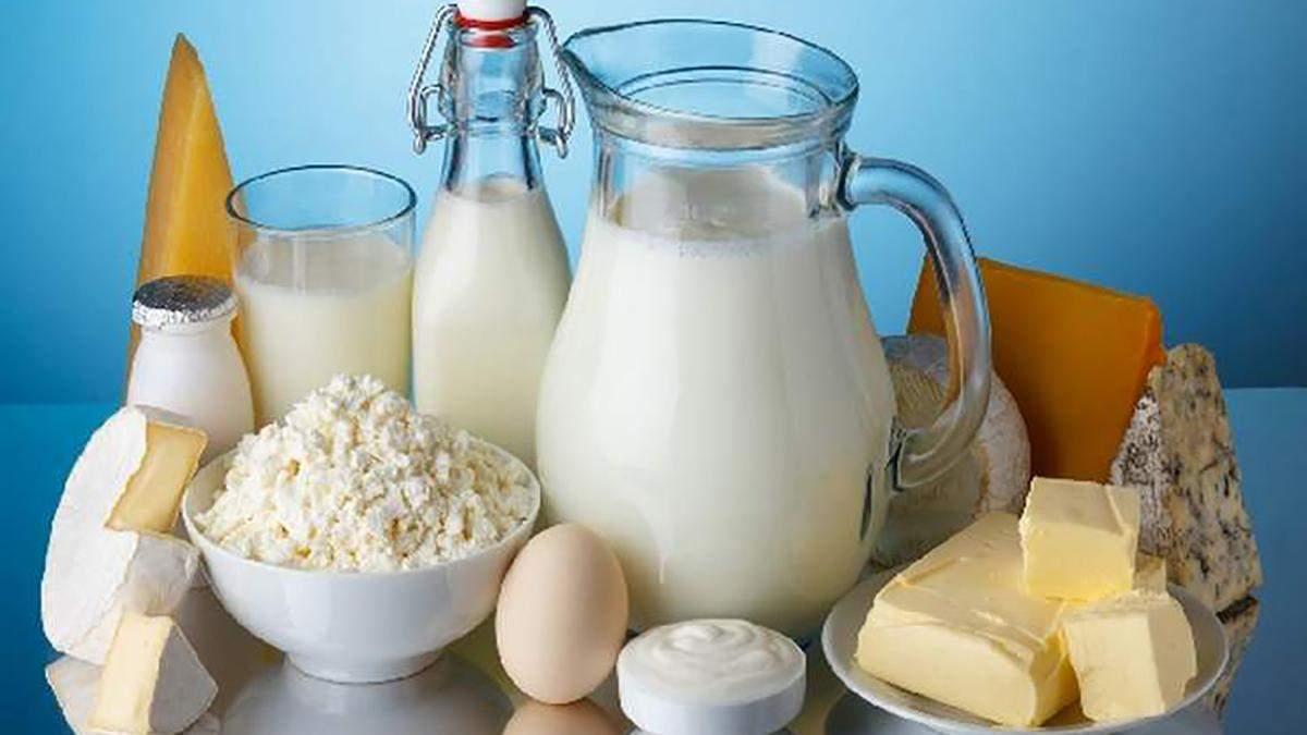 Які молочні продукти здешевшали і здорожчали в Україні