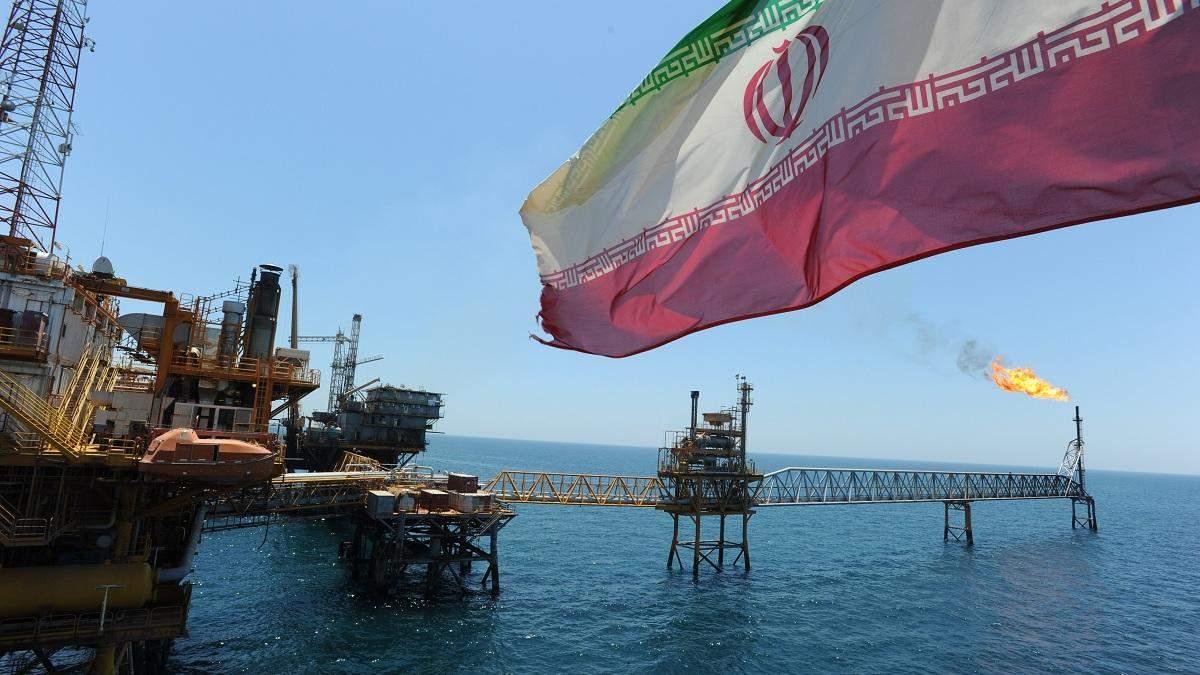 Іран погрожує заблокувати постачання нафти через Перську затоку