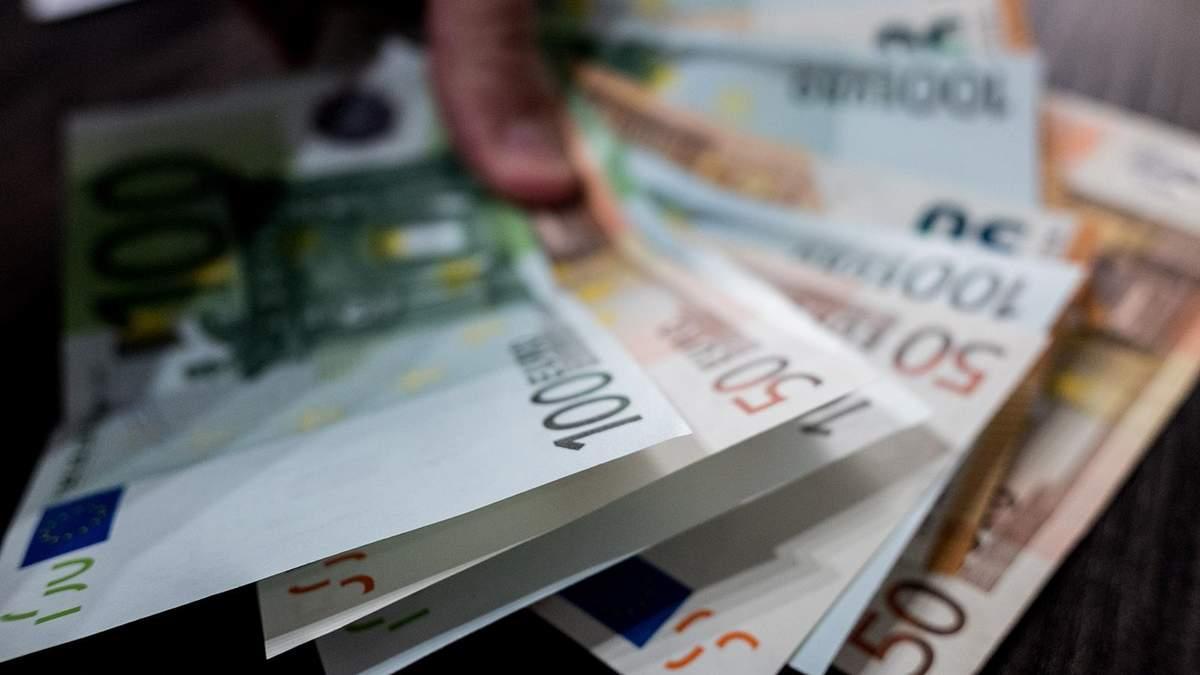 Готівковий курс валют – курс долара та євро на 17 липня 2019