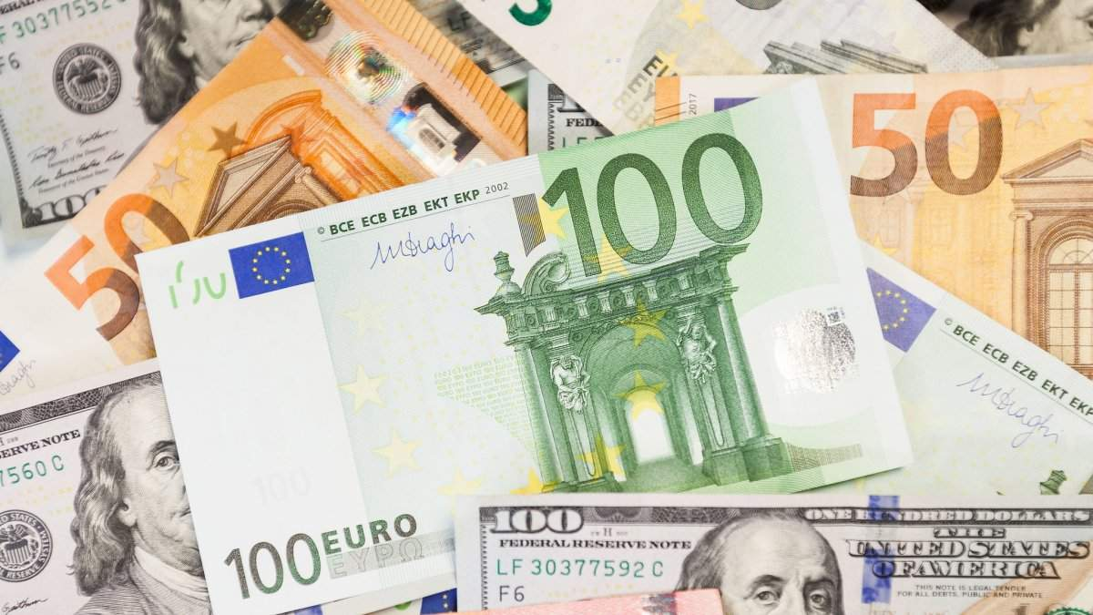 Курс долара, євро – курс валют НБУ на 22 липня 2019