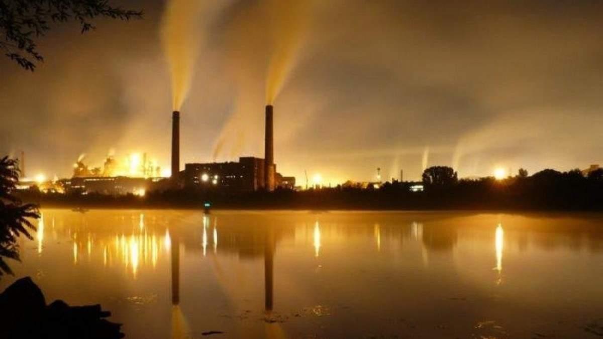 Глобальный экономический кризис останавливает развитие мировой металлургии, задело и Украину