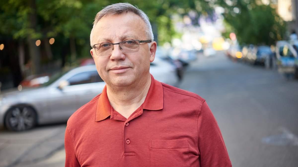 Закон 1210 загальмує розвиток української економіки щонайменше на 2%, – економіст Савченко