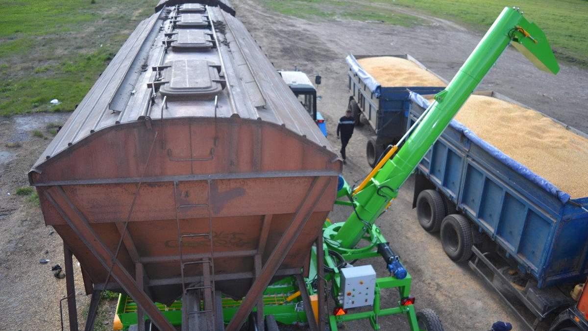 УЗ слід позбавити монополії на вантажні перевезення
