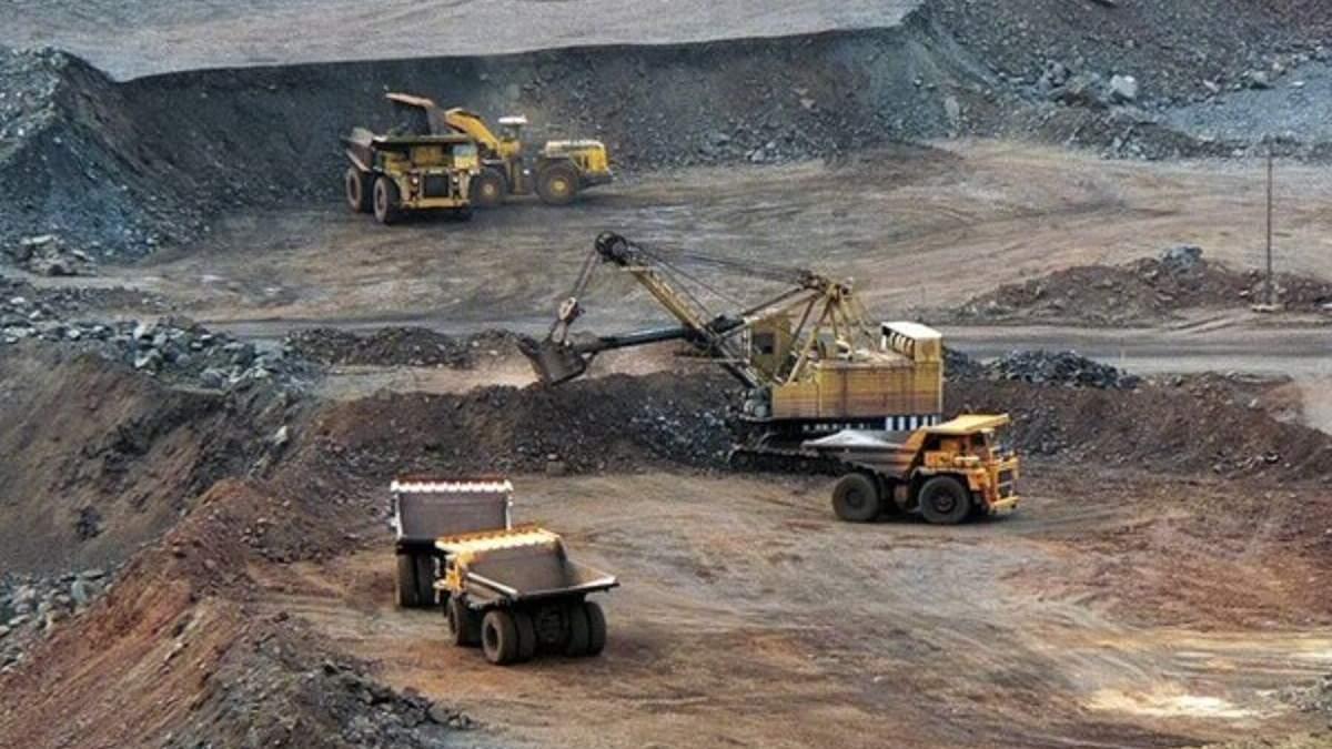 """Из-за налоговых инициатив властей """"Арселор"""" начал говорить о закрытии шахт"""