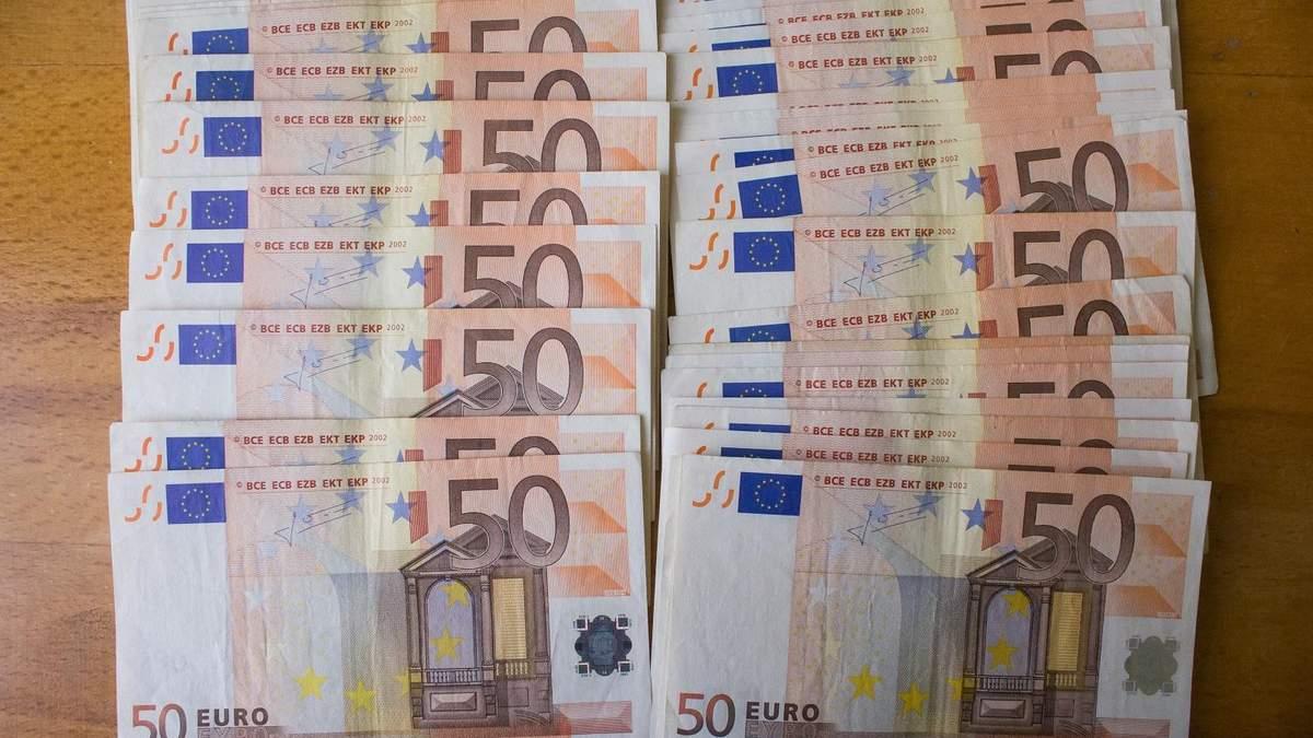 Готівковий курс валют на 01.10.2019: курс долару та євро
