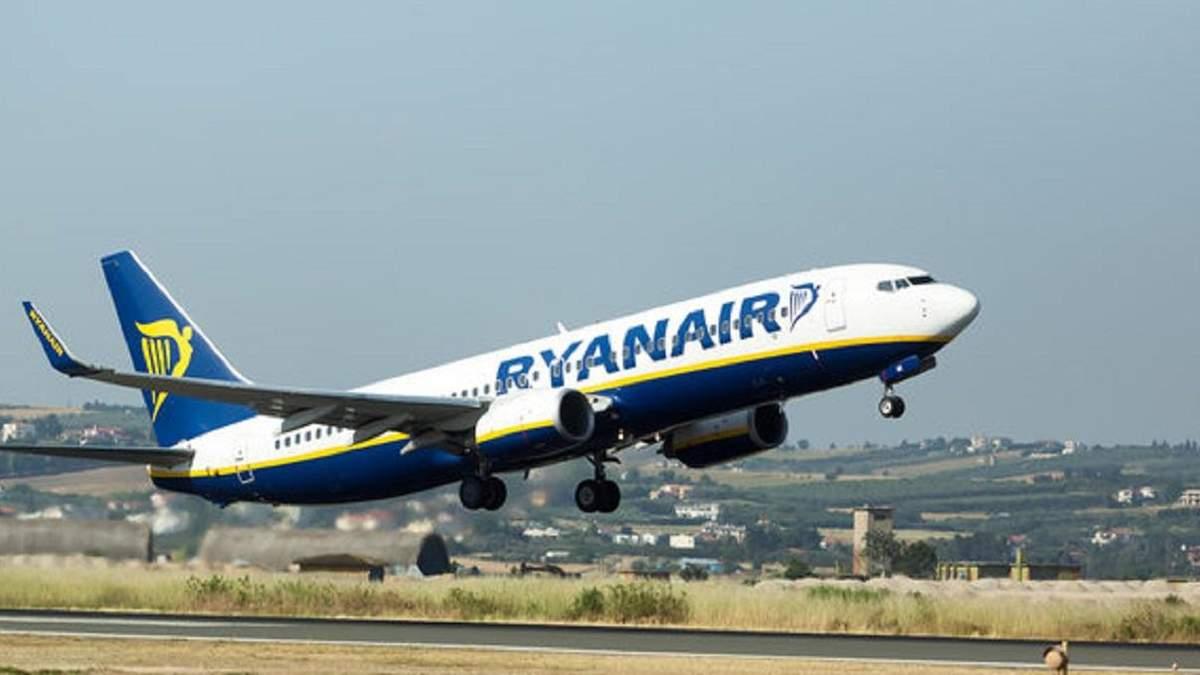 Ryanair літатиме зі Львова у Познань