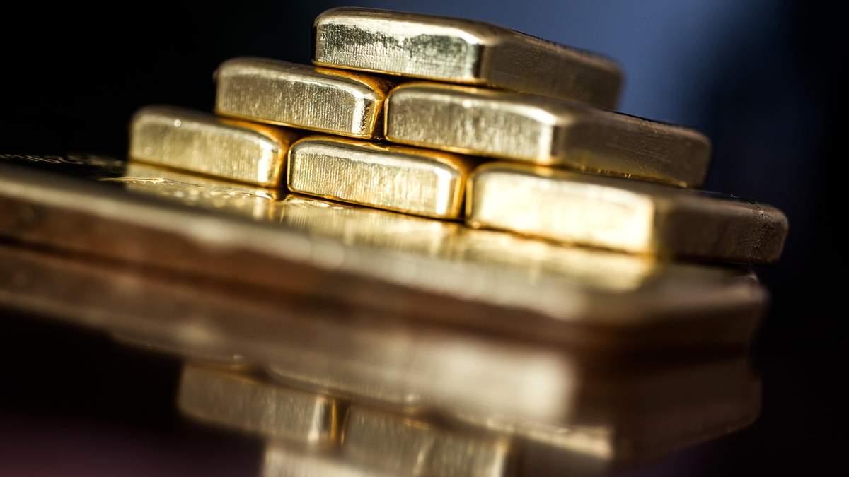 Золото невпинно дорожчає: його ціна сягнула максимуму 2013 року