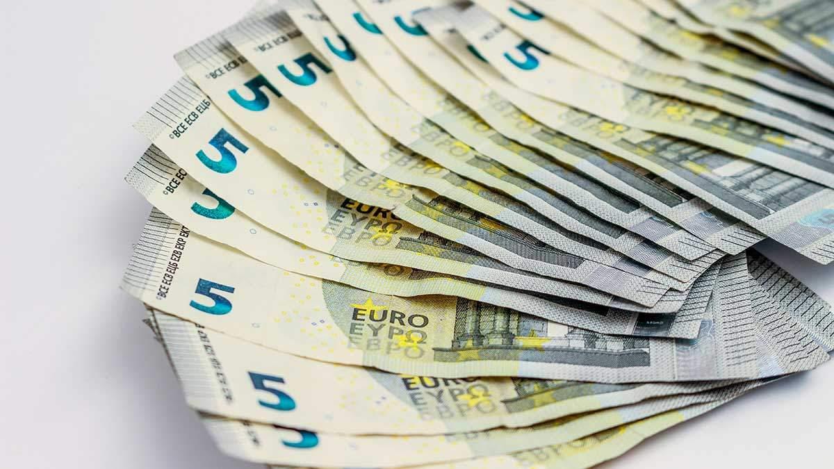 Готівковий курс валют сьогодні 16.01.2020 – курс долару, євро