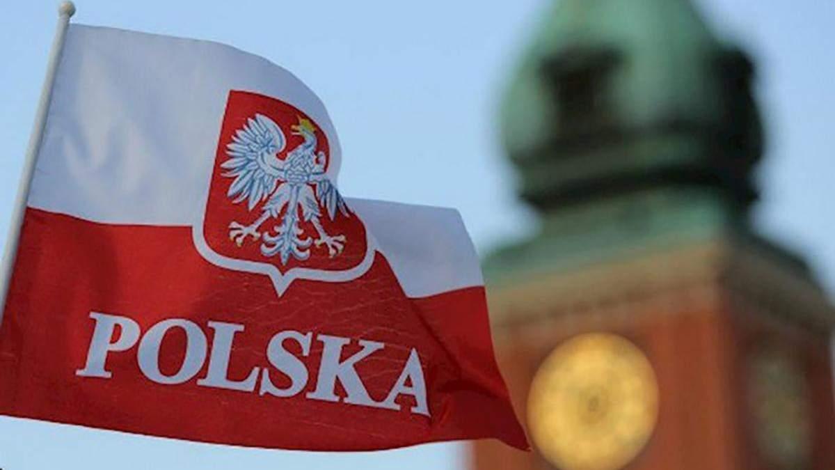 Украинцам в Польше хотят облегчить условия труда