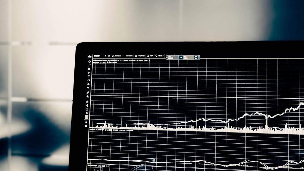 Нефть дорожает, фондовые рынки растут: как изменилась ситуация на мировых биржах