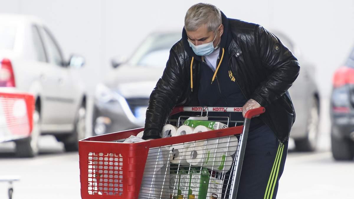 Ажіотаж на продукти в Україні зменшився