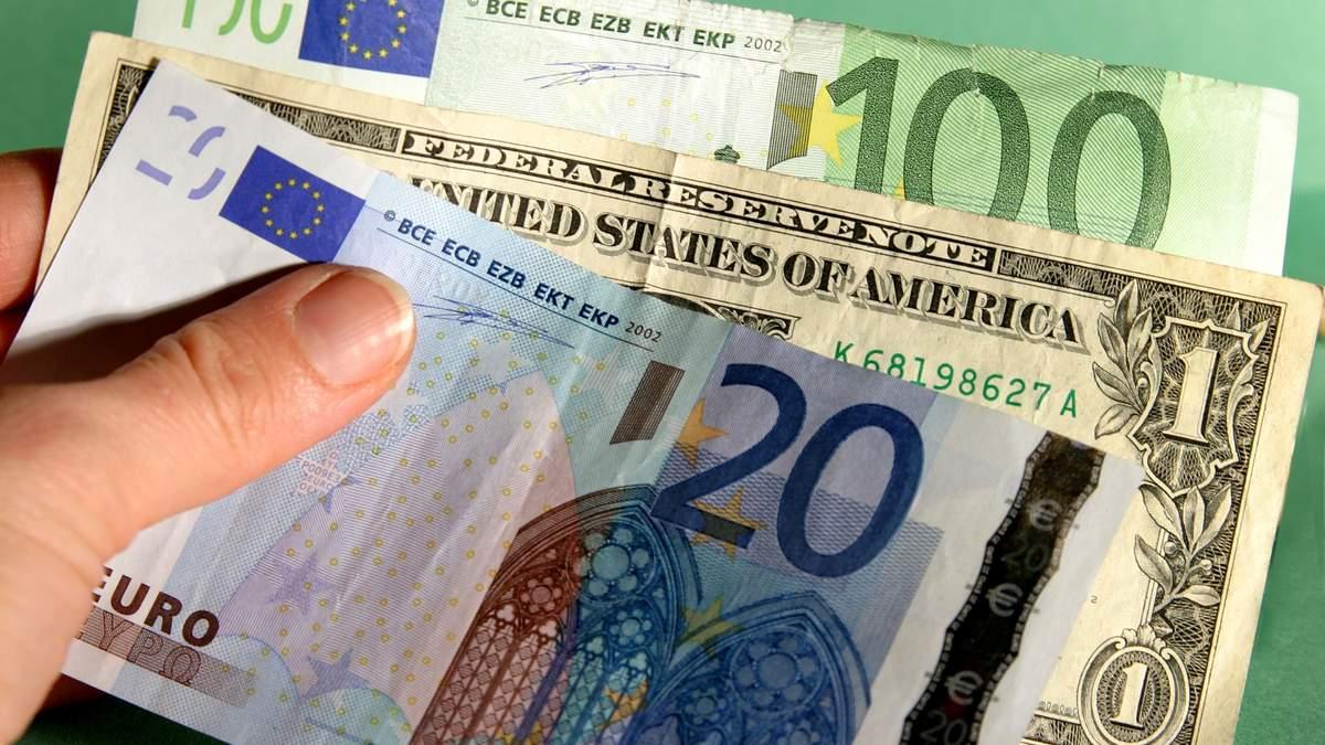 Курс валют на 7 апреля: евро почти опустился до отметки 29 гривен, доллар – до 27