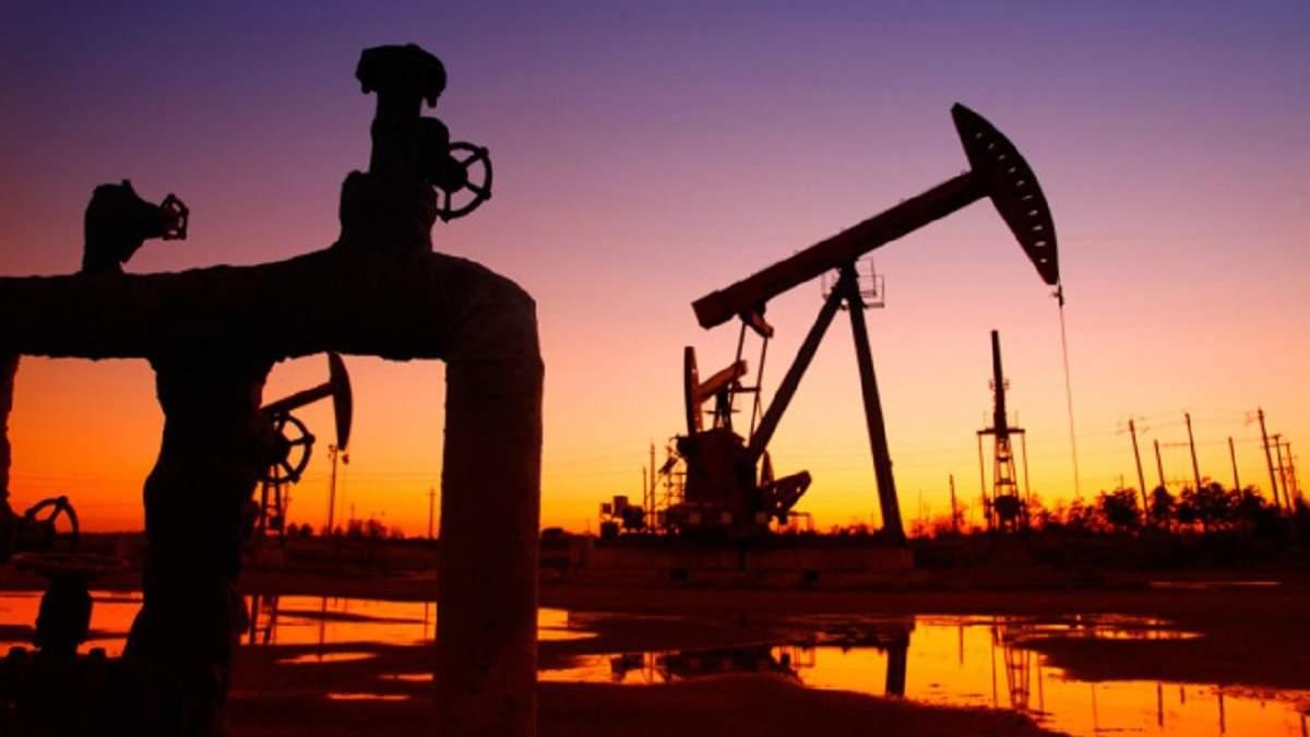 Обвал цін на американську нафту: нафта WTI подешевшала до 15 доларів