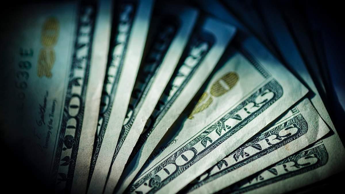 Наличный курс валют 1 июня: доллар продолжает дешеветь