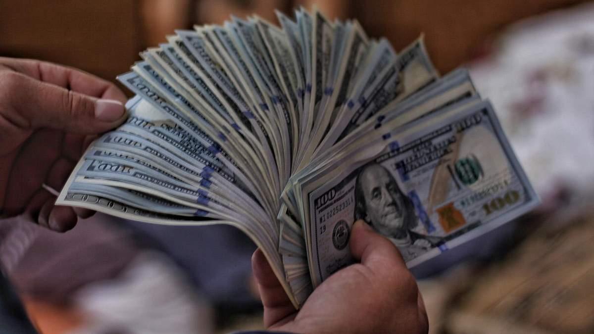 Наличный курс валют на 2 июня: доллар дешевеет ,евро стоит на месте