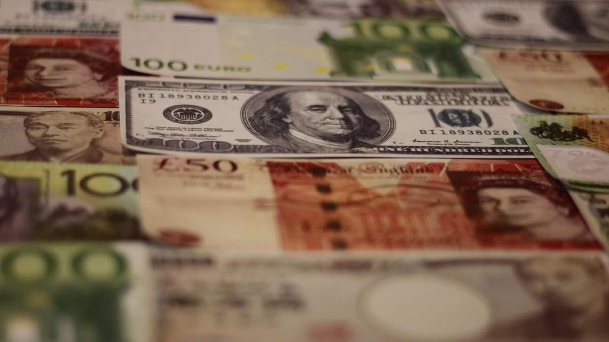 Прогноз на ринку валют: що чекає на долар у червні