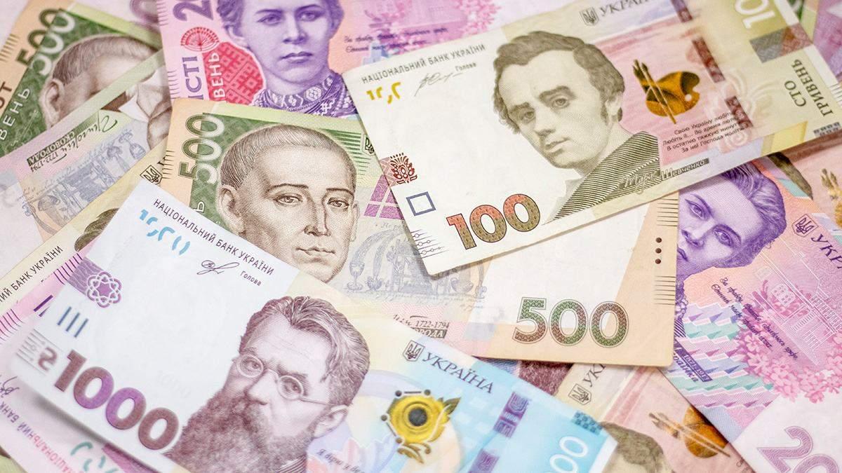 Наличный курс валют 5 июня: евро и доллар двигаются в разных направлениях