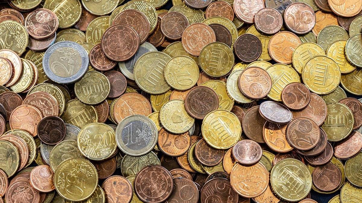 Курс валют на 24 июня: доллар подешевел, евро – выросло в цене