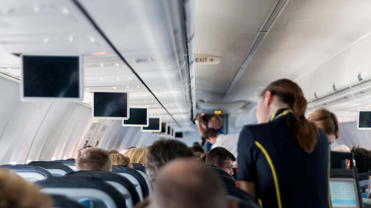 Аэропорт Киев увольняет половину своих работников