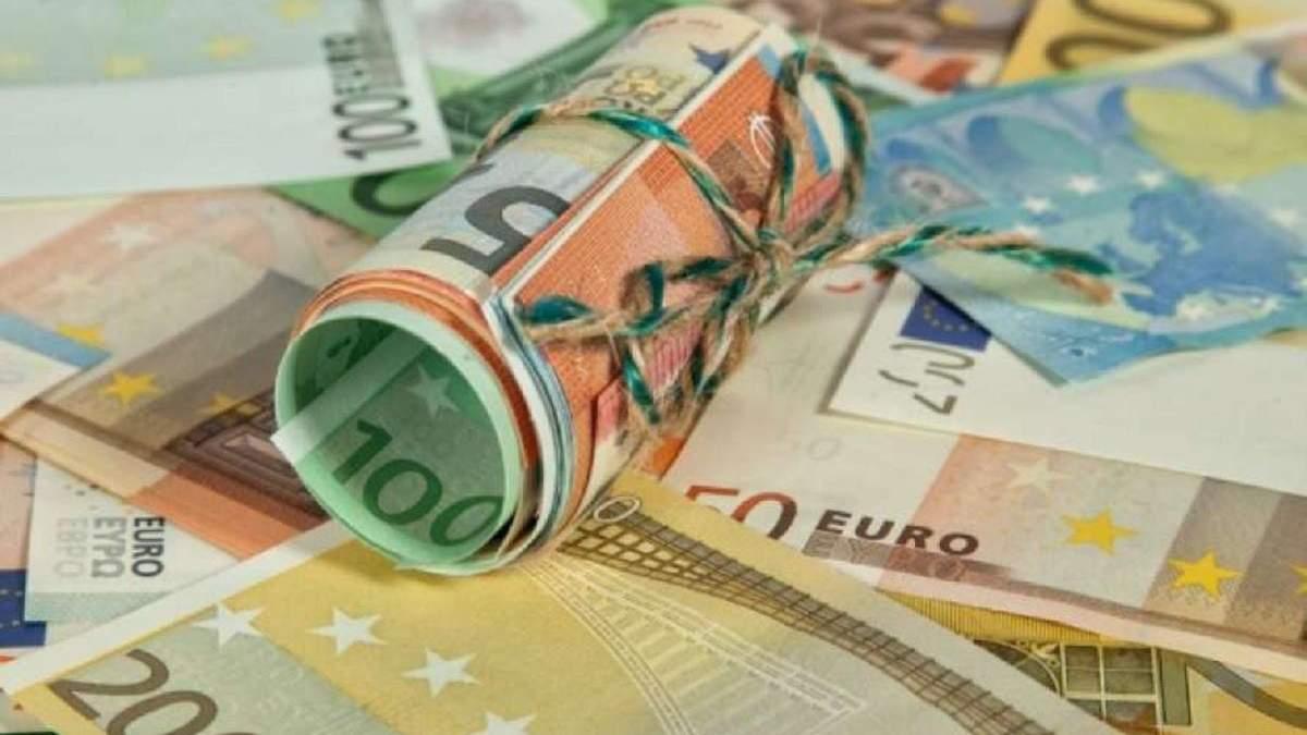 Украина готовит 12-летний выпуск евробондов в долларах: детали