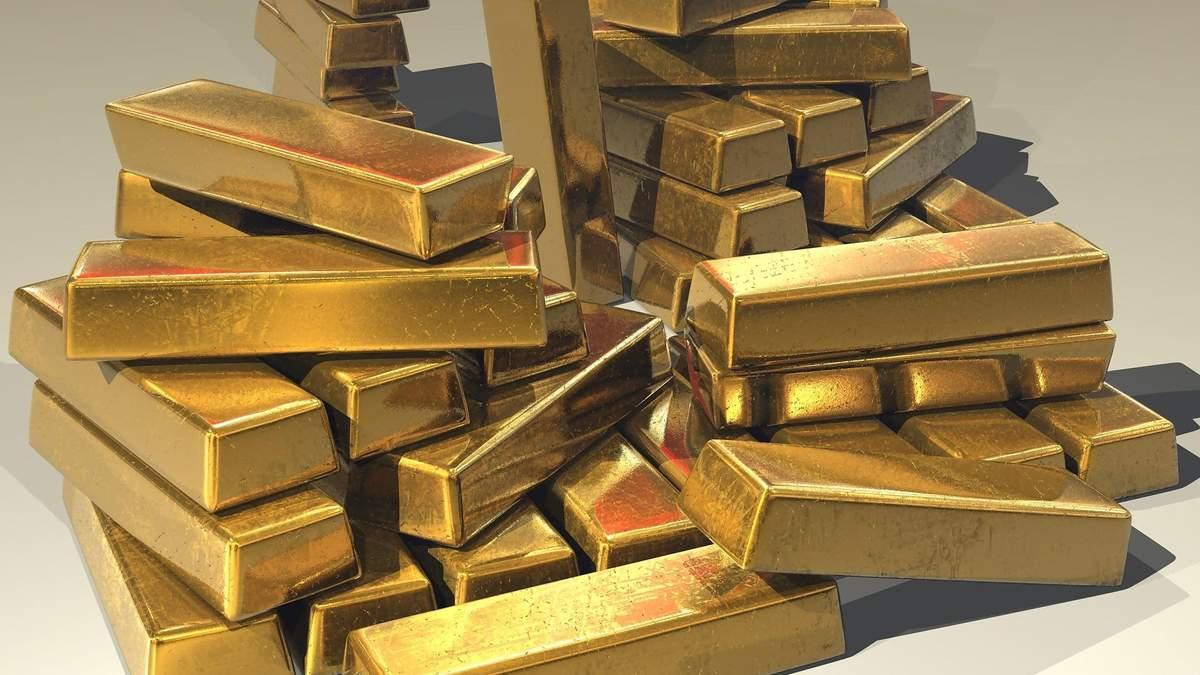 Золото та срібло ростуть в ціні через падіння долара: що буде далі