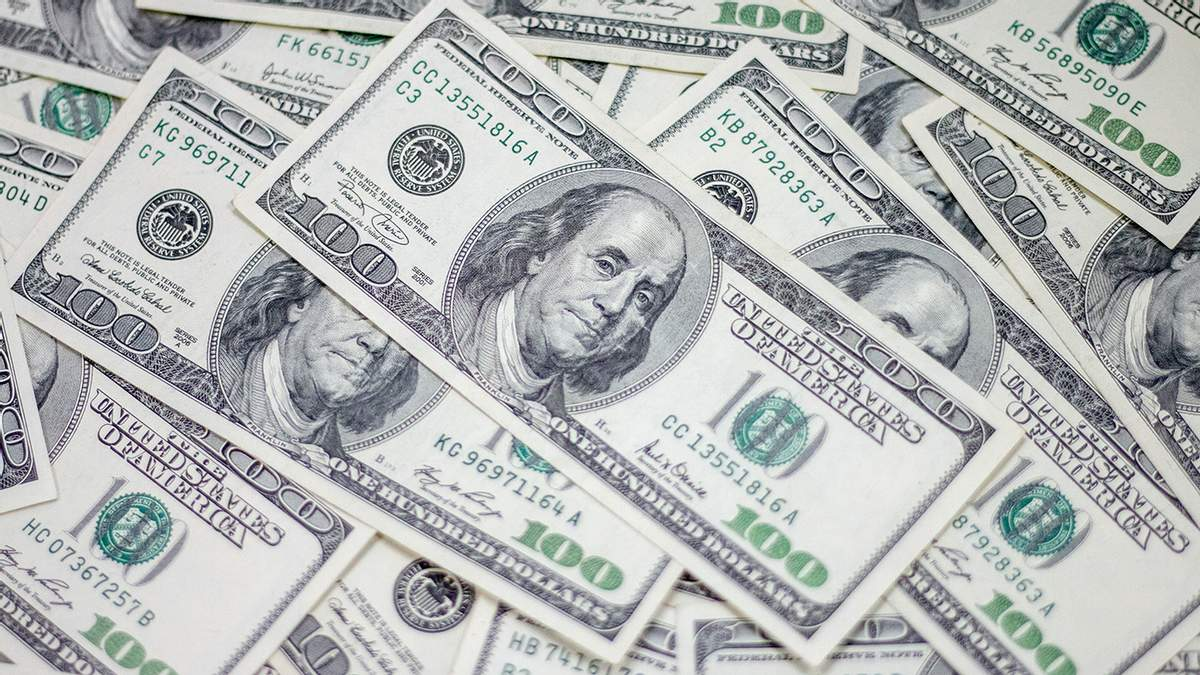 Курс валют на 18 августа: евро продолжает расти, а доллар немного потерял в цене