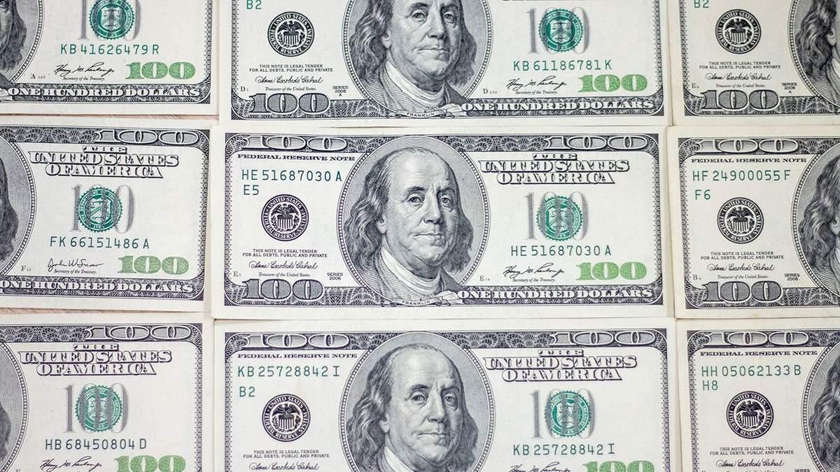 Курс валют на 27 августа: гривна окрепла относительно доллара и евро