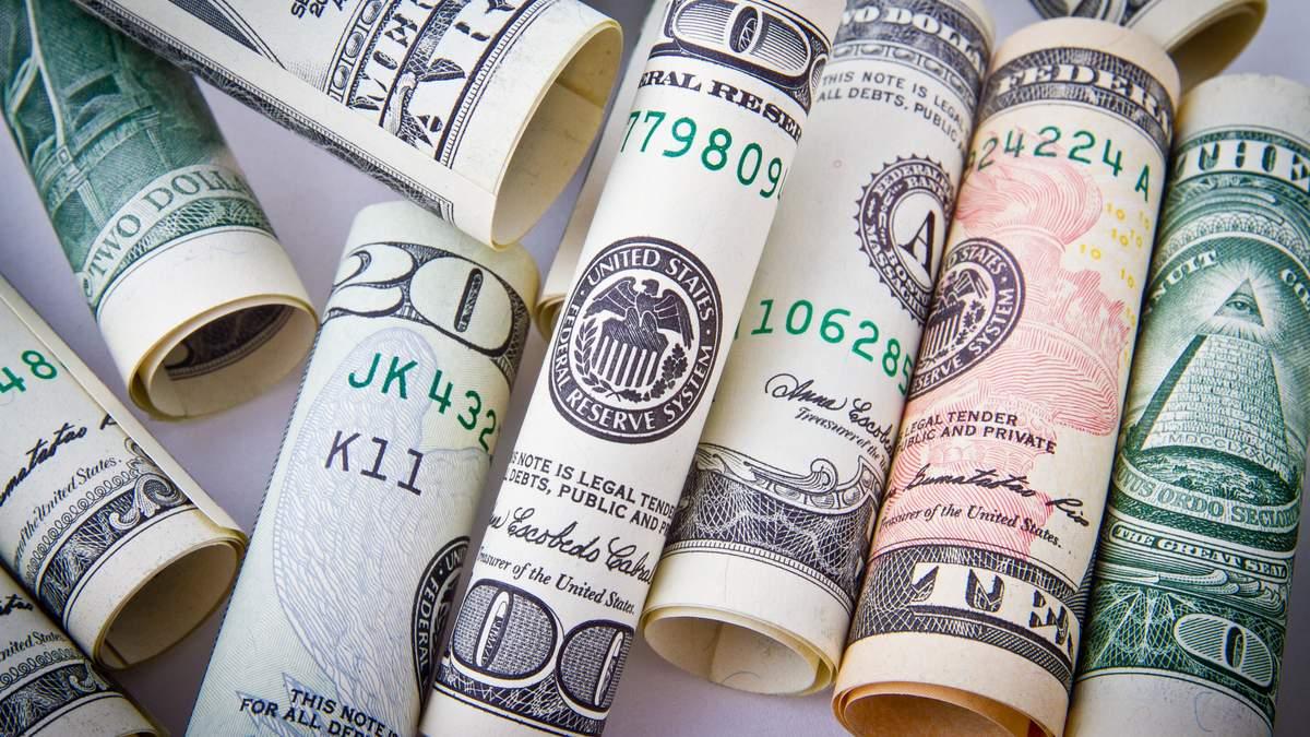 Гривня продовжує падати: чи чекати росту долара цього тижня