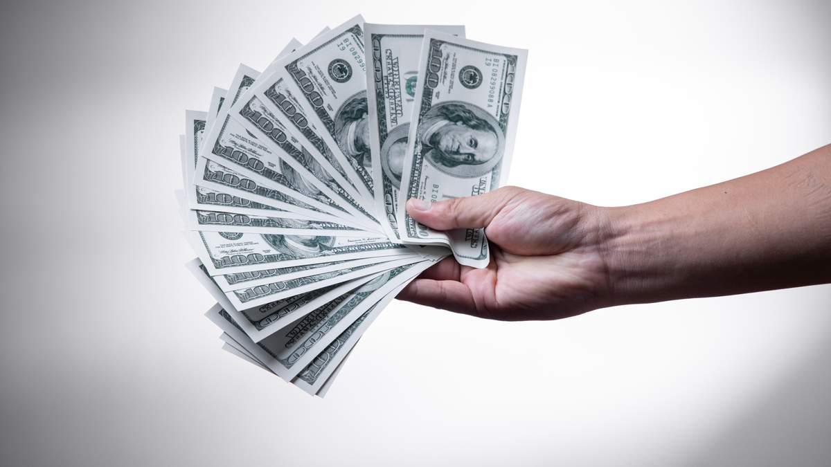 Курс валют на 7 октября: доллар падает, евро продолжает расти