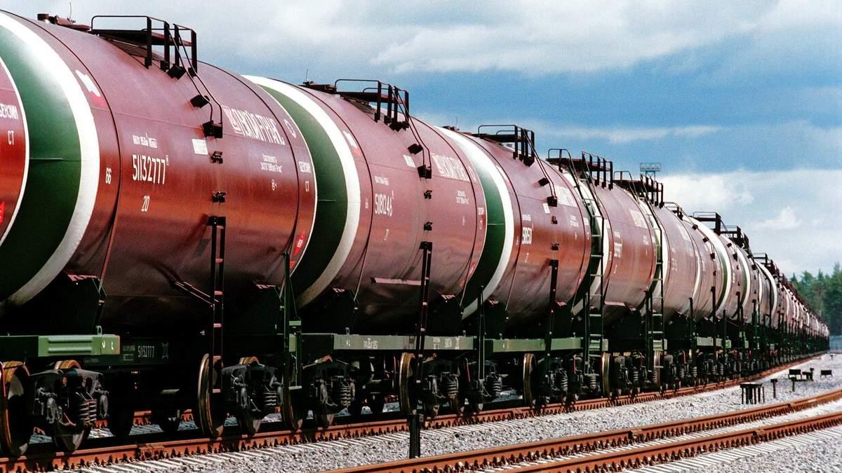 Власти России сняли запрет на экспорт битума и масел в Украину