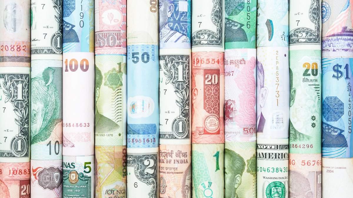 Вісім найдорожчих валют світу у 2020: як вони перевершили долар