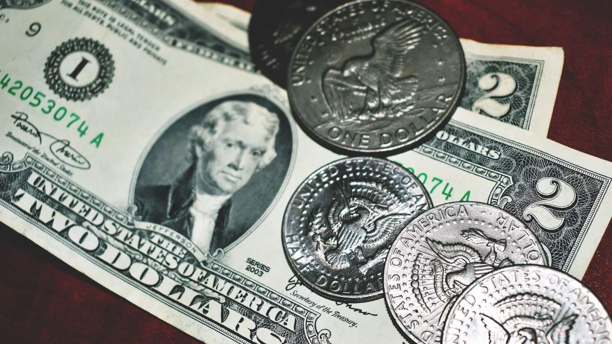 Курс валют на 29 жовтня: євро суттєво впав в ціні, а долар подорожчав