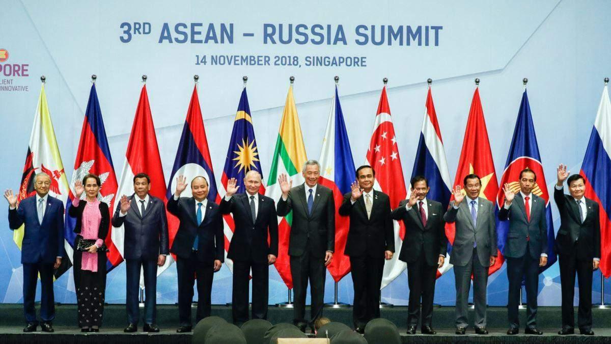 Страны АСЕАН подписали соглашение о свободной торговле