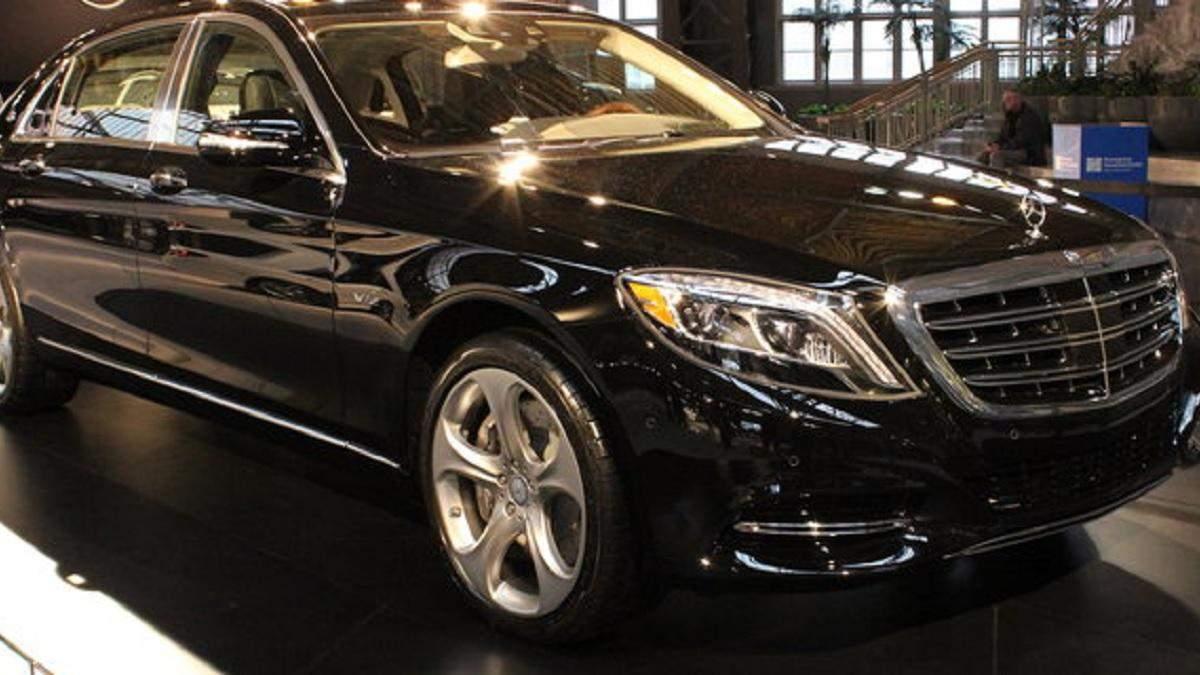 Податок на розкіш: Мінфін хоче зменшити поріг вартості авто, які ним обкладаються