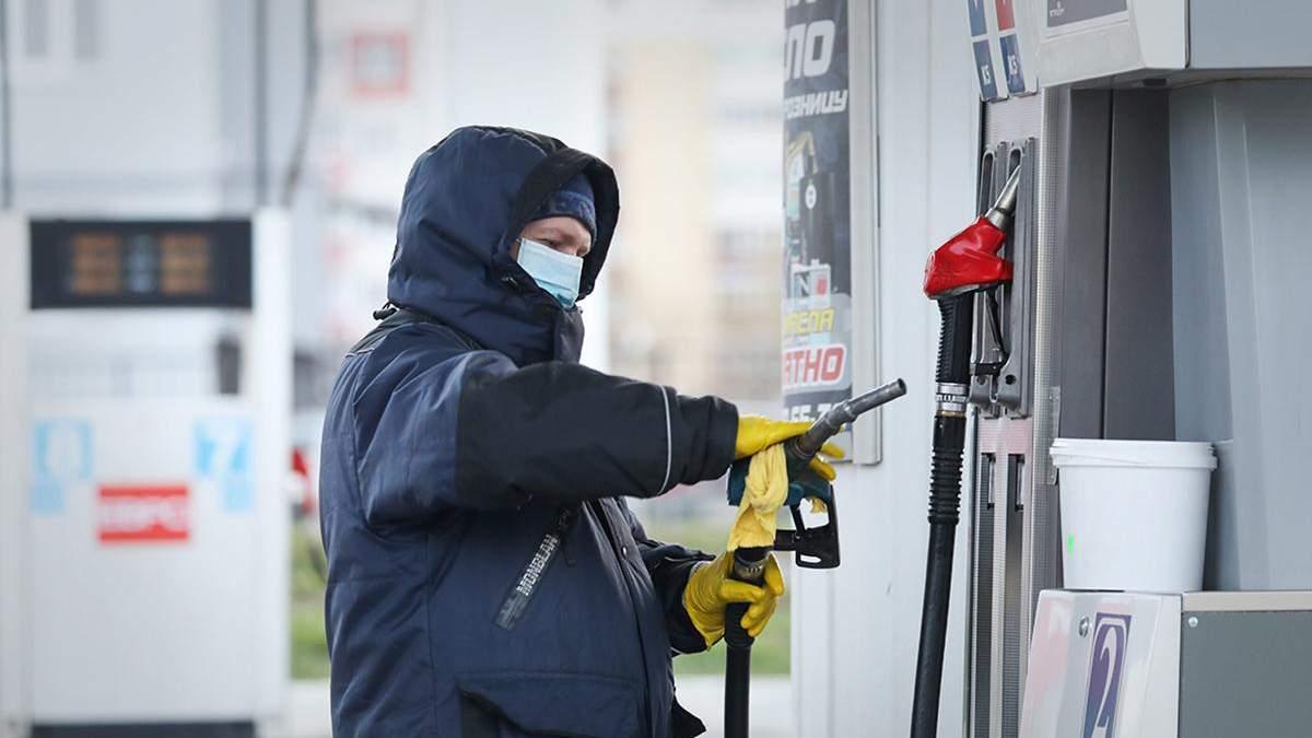 Цена на бензин Паралель, Route 20, SUN OIL, Luxwen выросла: новые цены