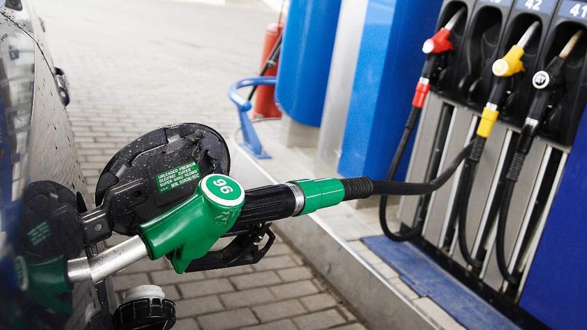 Цена на бензин Автопорт, WOG, Кворум, OKKO выросла: новые цены