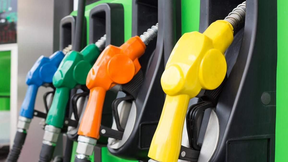 Цена на бензин Татнефть-АЗС-Украина, KLO, Marshal выросла: новые цены