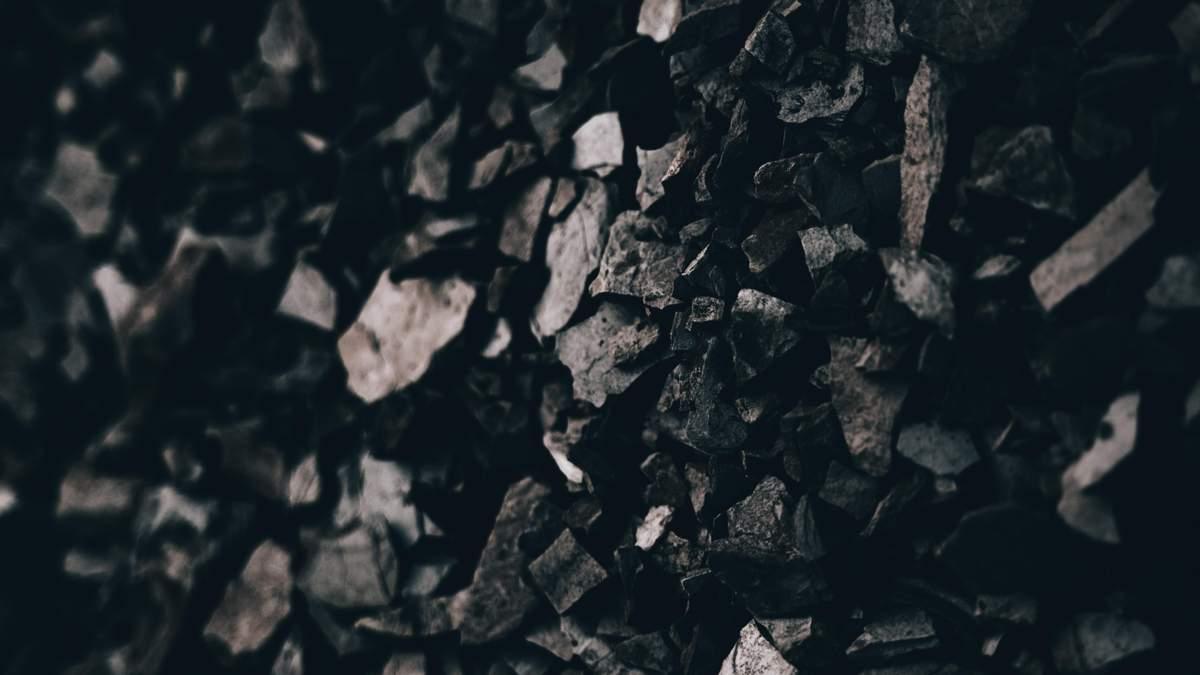 Запаси вугілля на ТЕС падають: майже вдвічі менші за норму