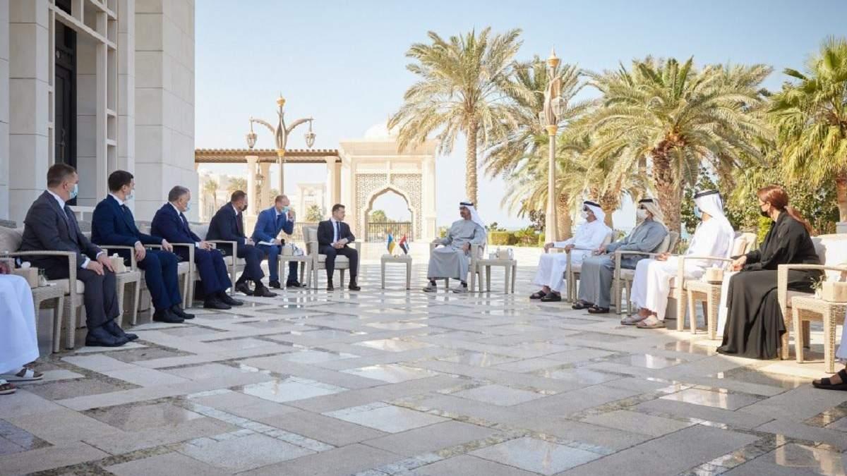 Зеленський домовився про економічну співпрацю з ОАЕ
