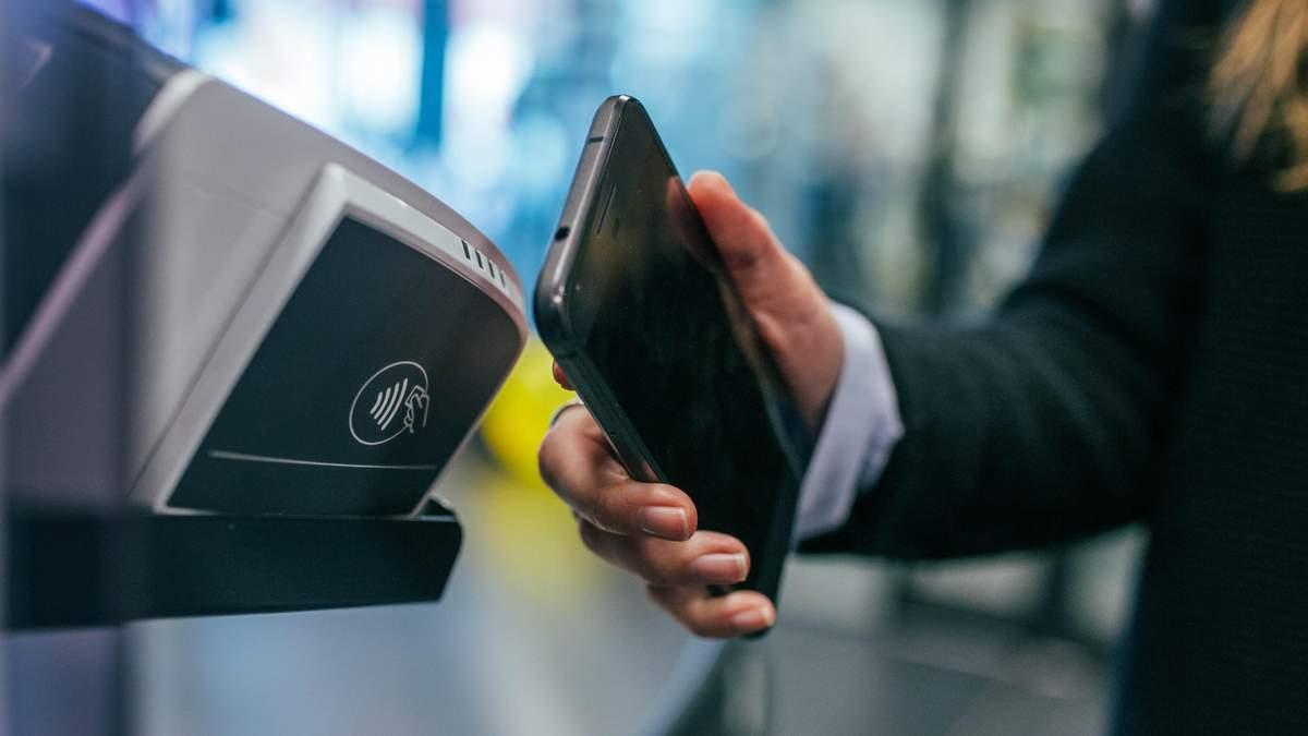 Эквайринг: под угрозой Apple Pay и Google Pay в Украине