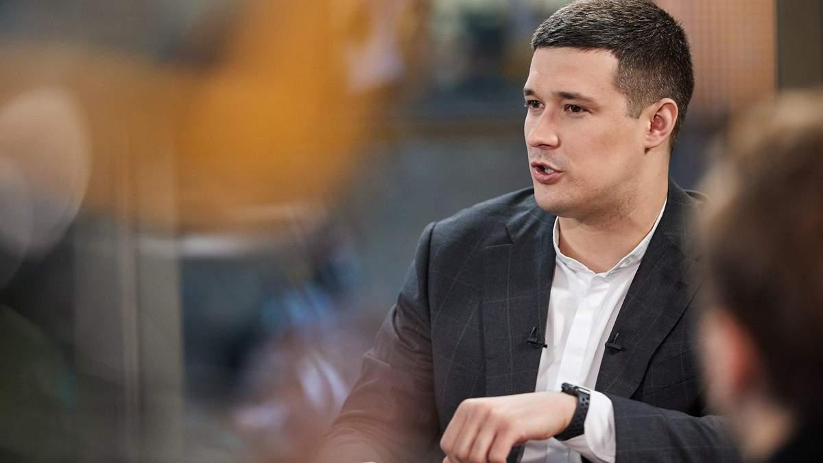 Михаил Федоров о схемах махинаций с соцвыплатами в Украине